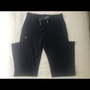 Figs Pants - FIGS Kade Cargo Scrub Pant, Navy S